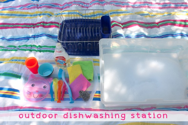 outdoor-dishwashing-station-mama-papa_-bubba_