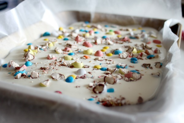 super easy candy bark 4