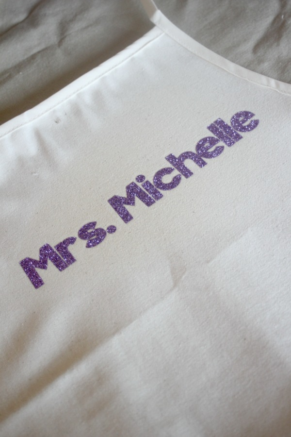 personalized aprons 5